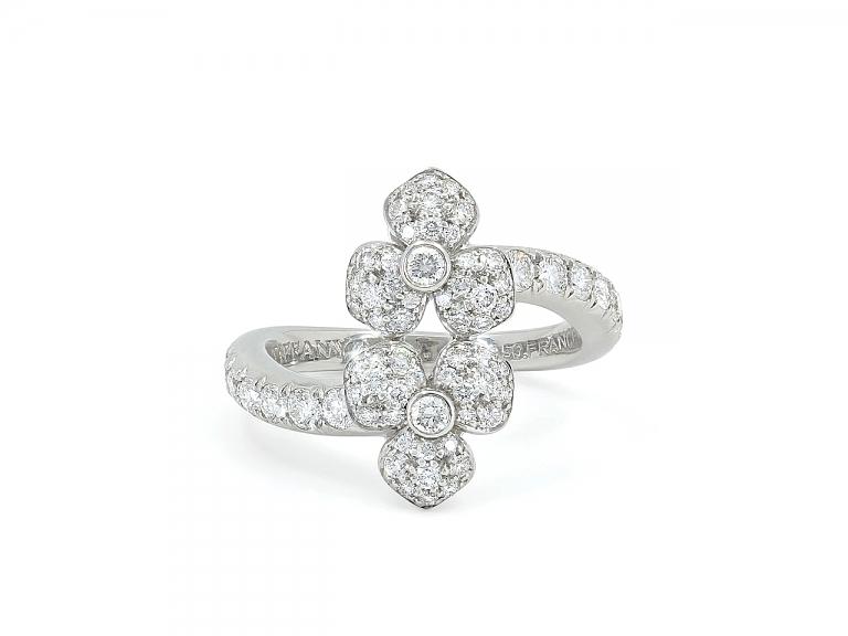 Video of Tiffany 'Petal' Diamond Flower Ring in Platinum