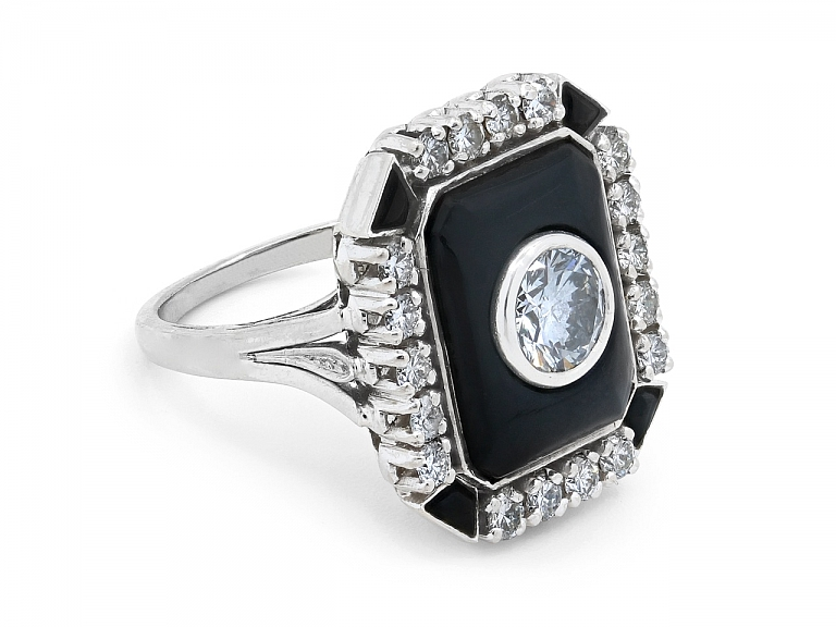 Video of Art Deco-Style Diamond and Onyx Ring in 18K White Gold