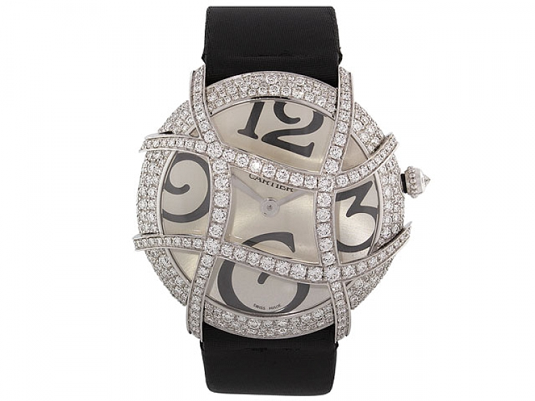 Video of Cartier Diamond Ronde Folle Watch in 18K