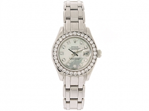 Rolex Lady-Datejust 'Pearlmaster' with Mother-of-Pearl Dial and Diamond Bezel in 18k White Gold, 29 mm