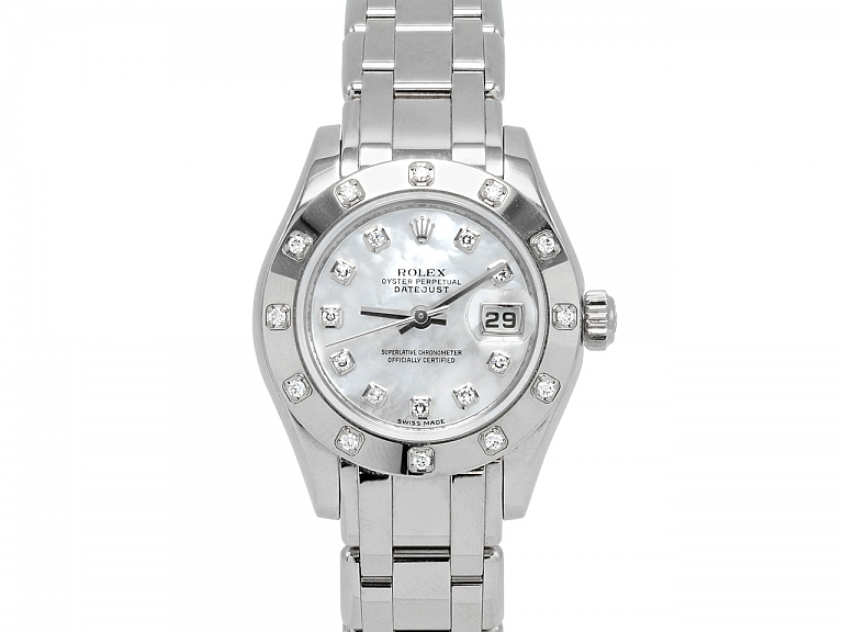 Video of Rolex Lady-Datejust 'Pearlmaster' with Mother-of-Pearl Dial in 18K White Gold, 29 mm