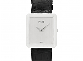 Piaget 'Protocole' Lady's Dress Watch in 18K Gold