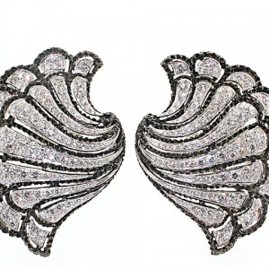 Carnet Diamond Fan Earrings