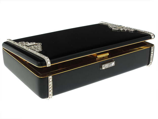 A Glittering Life – An Exceptional Cartier Art Deco Box and the Woman who Owned It