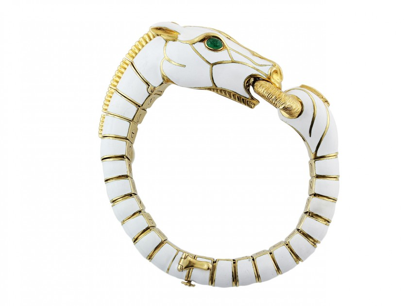A Golden Gait – Celebrate the Year of the Horse in Style!
