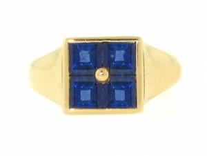 Bvlgari Sapphire Ring in 18K Yellow Gold