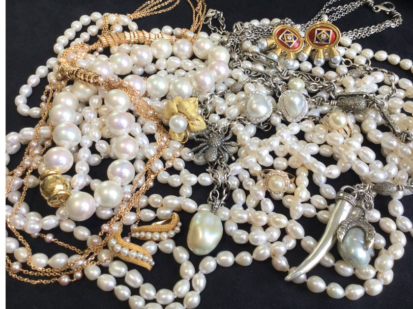The Timeless Look and Changing Tide of Pearl Jewelry
